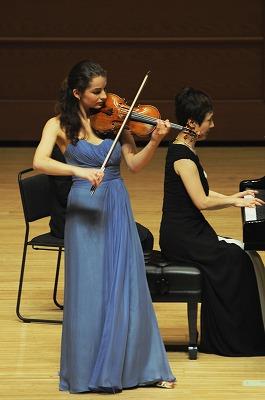 StradivariusConcert(c)Katsunobu Furuya.jpg