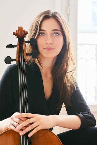 Camille Thomas - Dan Carabas.png